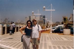 1999г. Израиль Гриша и Алла в Яффо 14 05