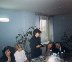 16 сентября 1999г выступает Богданова В.В. вручает адрес